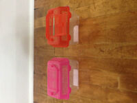 Plastic live feed containers.