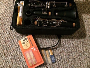*BRAND NEW* Nuova Bb Clarinet with packet of RICO 2 reids