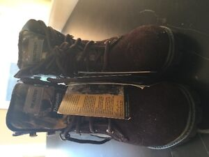 Size 1 Boy Brand new Thinsulate Realtree Winterboot
