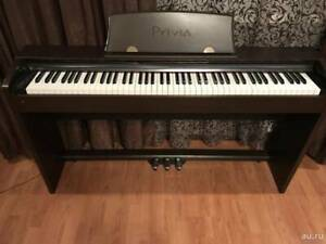 Casio Piano PX735 with Stand and 3 intensive pedal  (88 keys)