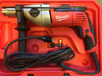 Milwaukee 5380-21 9 Amp 1/2 in Hammer Drill with carrying case