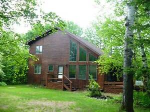 Perfect Family Cottage near Victoria Beach AUG 12-19th