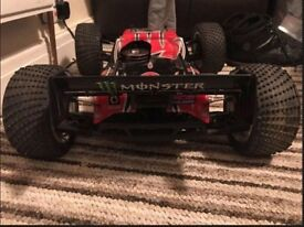 RC Nitro Trophy Truggy car
