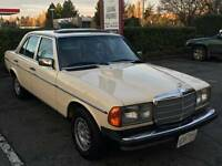 1983 Mercedes-Benz 300-Series 300D-T Sedan