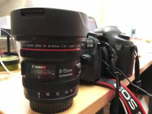 Canon 8-15mm Fisheye Lens f/4