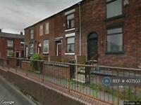 2 bedroom house in Wagstaffe Street, Manchester, M24 (2 bed)