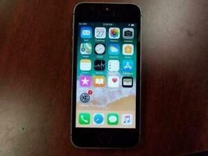 iPhone 5 SE space grey 32GB usage a vendre (avec BELL)