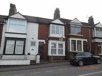 ***TO LET***FORDGREEN ROAD -ST6 AREA-2 BEDROOM FLAT-LOW RENT-NO DEPOSIT-DSS ACCEPTED-PETS WELCOME^