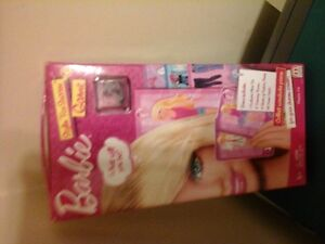 Barbie stylin' for success game by mattel, W5897