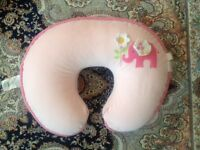 Boppy® Luxe Nursing Pillow / Coussin dallaitement