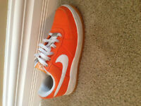 Nike low top Shoes- Mint Condition