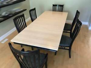 Contemporary Solid Wood Dining Table and 6 Chairs