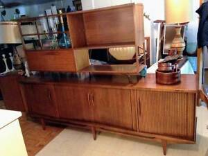 Magnifique Credence / Buffet / Sideboard Vintage Mid Century