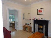 AN IMMACULATE ONE BEDROOM APARTMENT CLOSE TO HOUNSLOW CENTRAL STATION-COUPLES PREFERRED