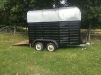 Horse Trailer carries up-to two 15.2 hh