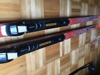 CROSS COUNTRY SKIS AND BOOTS - $60 (verdun)