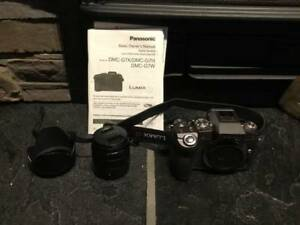 Panasonic DMC-G7 Camera w/ 14-42mm f/3.5-5.6 kit lens