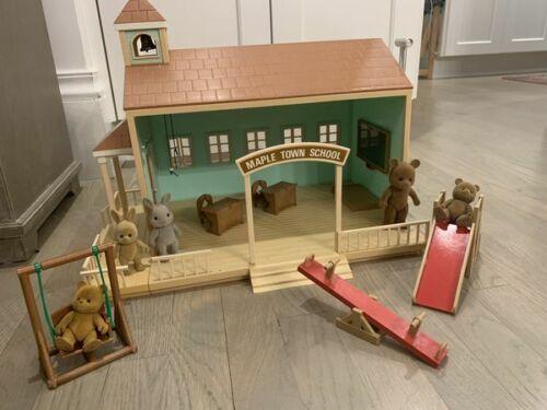 Vintage Maple Town School House - Calico Critters Sylvanian Families school hous