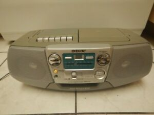 Portable SONY Radio/Cassette/CD Player