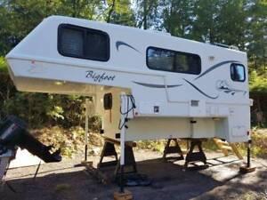 2007 Bigfoot 25C10.6 Series Camper - $25000 (Maple Ridge)