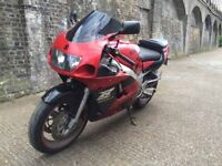1999 Suzuki GSXR 600 Motorcycle with 8 month MOT. Great looking and riding bike.