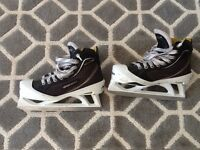 Bauer one 80 goalie skates great condition