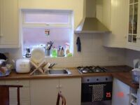 SUPERB DOUBLE BEDROOM TO LET IN NICE & SAFETY AREA---WEST EALING W130JY