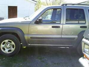 2003 Jeep Liberty black Other