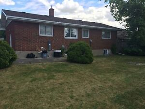 3 Bdrm Brock Student Rental - Utilities Included - May 2017