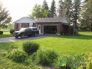 $699,000 - Acreage / Hobby Farm / Ranch for sale in Mildmay