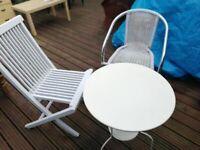 3 White garden furnitures