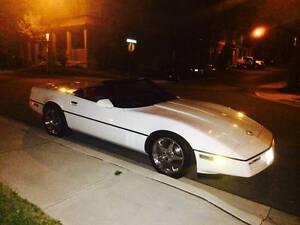 Custom 1987 White Chev Corvette Convertible...