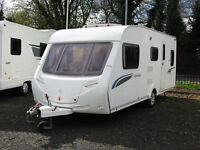 MODERN 5-BERTH FAMILY TOURING CARAVAN