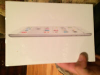 IPAD MINI WHITE 16gb BEST OFFER CASH ONLY