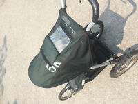 InStep child's stroller in amazing condition! Best offer!