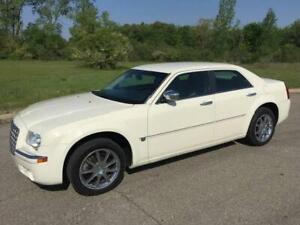 Chrysler 300 v8 hemi
