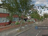 Studio flat in Willesden Green, London , NW10