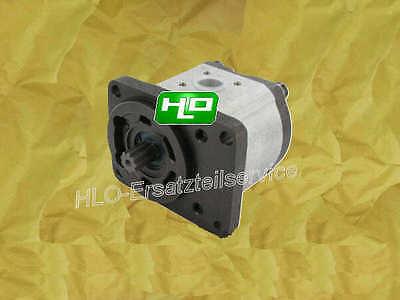 Hydraulikpumpe am ZF-Getriebe Traktor Güldner