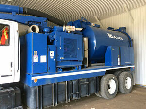 2001 VacCon V311LHA Combination Sewer Cleaner/Vacuum