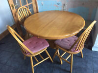 Extendable table and 3 chairs - Antique Pine