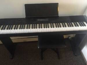 Casio piano CDP220R W stand, pedal, bench (88 keys)
