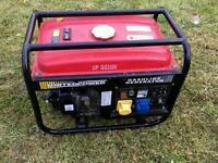 Gesoline generator £250 ONO