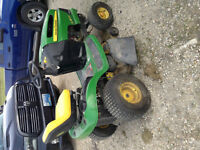JOHN DEER LAWNTRACTOR