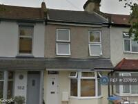3 bedroom house in Ramsay Road, London, E7 (3 bed)