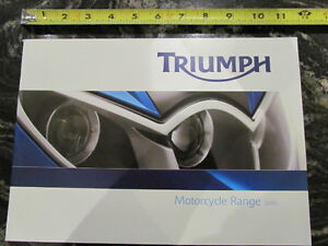 TRIUMPH 2005 FULL LINE MOTORCYCLE BROCHURE CATALOG