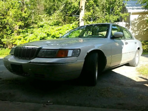 Grand marquis 2002 trade or sell.