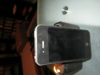 UNLOCKED I PHONE  4 FOR SALE