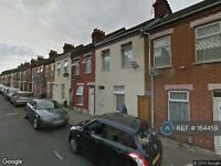 2 bedroom house in Hampton Road, Luton, LU4 (2 bed)