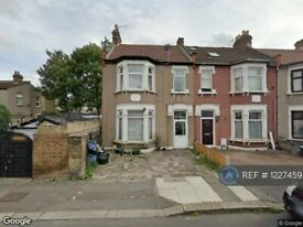 1 bedroom flat in Colenso Road, Ilford, IG2 (1 bed) (#1227459)