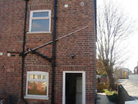 2 Bedroom Semi Detached House - Off Street Parking & Garden